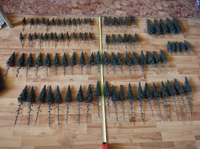Stromečky a doplňky