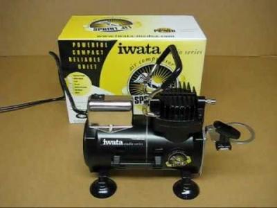 Kompresor - IWATA + Nová pistole IWATA 0.3 Zabalená