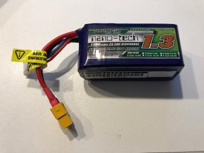 DRONE 250 + baterie + nahradni dily